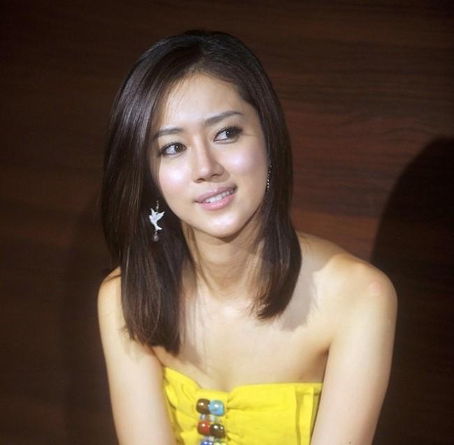 韓国女優チェ・ソンヒョンの画像